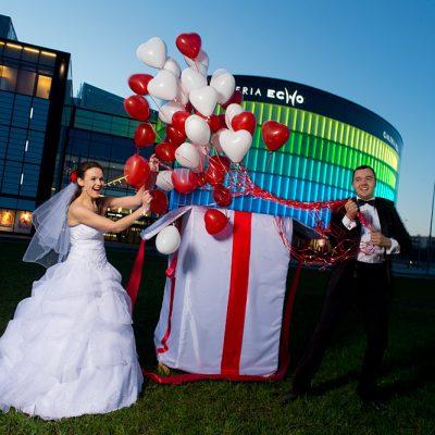 prezent balonowy na ślub balony na ślub niespodzianka dla pary młodej balony z helem kielce 11