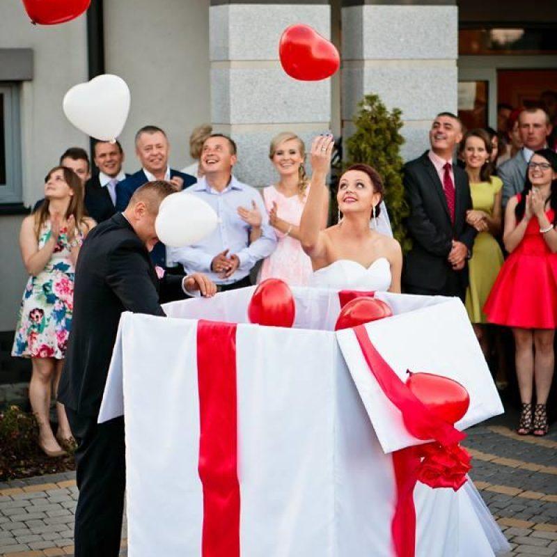 prezent balonowy na ślub balony na ślub niespodzianka dla pary młodej balony z helem kielce 3